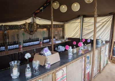 rustic-marquee-bar